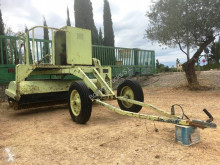 Caterpillar used sweeper-road sweeper