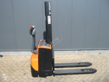 BT SWE 080 L stacker used pedestrian
