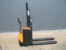 Wózek podnośnikowy samojezdny dodatkowo BT SWE 080 L