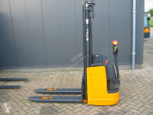 Stohovací zařízení Still EGV 12 doprovod použitý