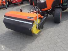 Kubota Frontkehrmaschine 120cm gebrauchte Kehr-/Reinigungsmaschine