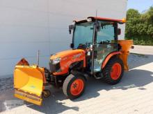 معدات أخرى Kubota B 2350 آلة كنس وتنظيف مستعمل