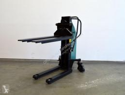 Egyéb munkagépek EHS-10809 Palettenheber schwenkbar használt