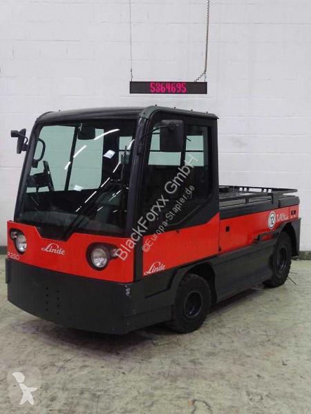 Voir les photos Tracteur de manutention Linde p250l