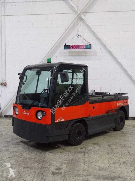 View images Linde P250  handling tractor