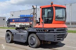 tracteur de manutention Terberg RT220
