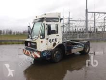 manipulační traktor DAF TT2100-DH