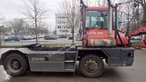 Kalmar TR 618i handling tractor