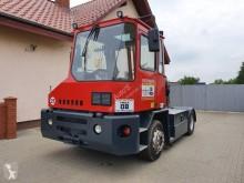 Kalmar handling tractor