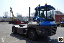 Tracteur de manutention Terberg TT223