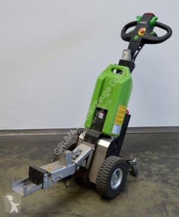 Cabeza tractora de maniobra T1000 usado