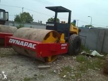 jednoválcový zhutňovač Dynapac