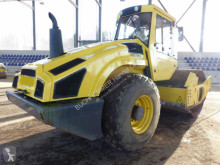 Monocilindru compactor Bomag BW 211 D-4