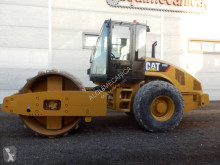 Caterpillar CS56 compacteur monocylindre occasion
