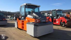 Compactor pe roti Hamm GRW 280i