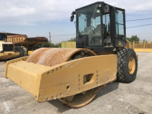 Caterpillar CS 76 XT compactor / roller used