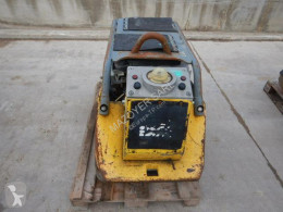 Compactador Wacker Neuson DPU7060 Fe compactador a mano placa vibratoria usado