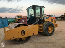 Compacteur monocylindre Caterpillar CS 64