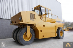 Tandemový zhutňovač Caterpillar PS-500