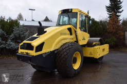 Monocilindru compactor Bomag BW 218 D-40