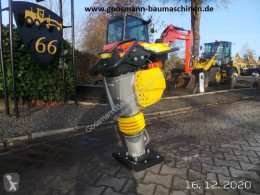 Plaque vibrante Bomag BT 65