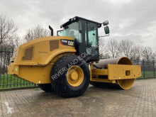 Wals met één rol Caterpillar CS66 demo