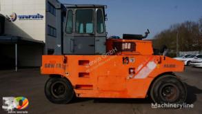 Compacteur à pneus Hamm GRW 18