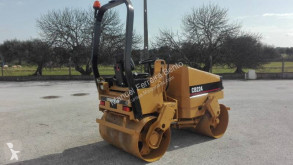 Caterpillar CB 224 tweedehands tandemwals