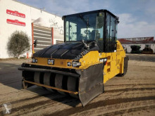 Caterpillar wheeled roller CW34