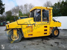 Compacteur à pneus Caterpillar PS300B