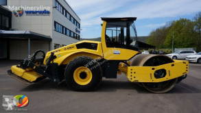 Bomag BW 213 DH + P-5 mit Vibrationsplatten rear vibration plate used single drum compactor