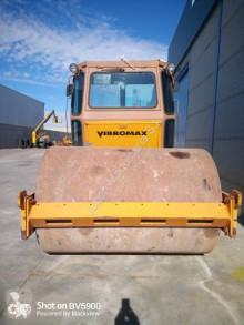 Vibromax W 1102 D compattatore monocilindro usato