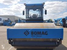 Voir les photos Compacteur Bomag BW 213 D 5