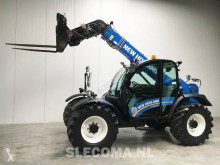 Distribution fourrages New Holland