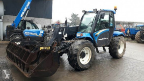 Stivuitor telescopic New Holland LM 425 second-hand