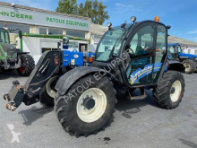 New Holland LM 735 telescopic handler