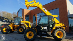 JCB 541-70 telescopic handler used