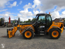 JCB 535-140 Hiviz telescopic handler used