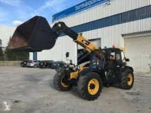 Caterpillar TH407 telescopic handler used
