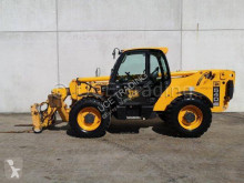 JCB 540-140 telescopic handler used