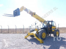 Teleskopický vozík Caterpillar TH360B