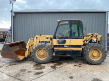 Teleskopik forklift Caterpillar TH 62