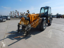 JCB 535-140 telescopic handler used