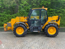JCB 533-105 telescopic handler used