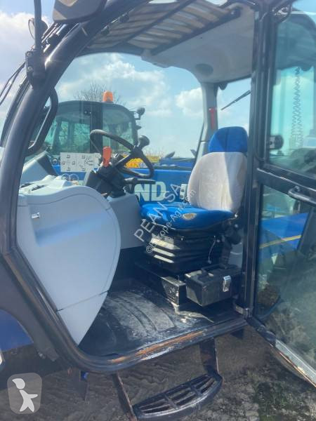 View images New Holland LM 7.35 telescopic handler