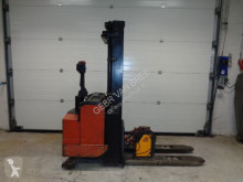Empilhador porta paletes te koop BT elektrische stapelaar/pompwagen acompanhante usado