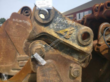 Volvo hitch and couplers EC240