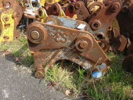 Liebherr R934B used hitch and couplers