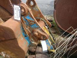 Komatsu hitch and couplers PW110-1