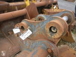 Volvo hitch and couplers EW140C